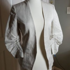H & M linen blend cream colored 3/4 sleeve blazer